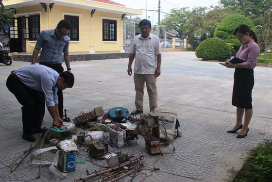 Tiêu hủy nhiều tang vật đánh bắt hủy diệt tại Thừa Thiên – Huế ảnh 1