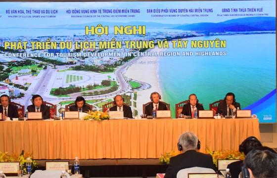 Hội nghị Phát triển du lịch miền Trung và Tây Nguyên khai mạc tại Huế ảnh 1