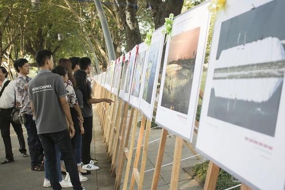 Giới thiệu biển đảo quê hương tại Quảng trường Ngọ Môn ảnh 3