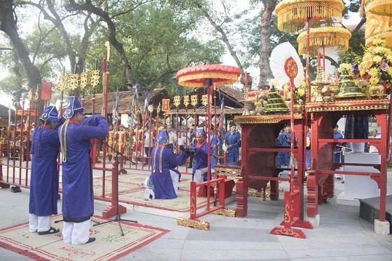 Thiêng liêng lễ tế tổ bách nghệ bên dòng Hương ảnh 2