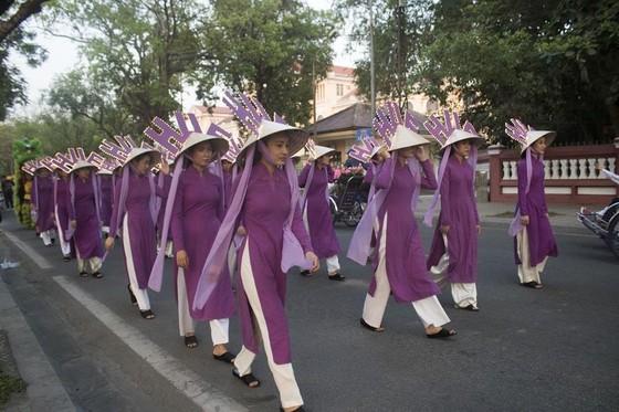 Thiêng liêng lễ tế tổ bách nghệ bên dòng Hương ảnh 9