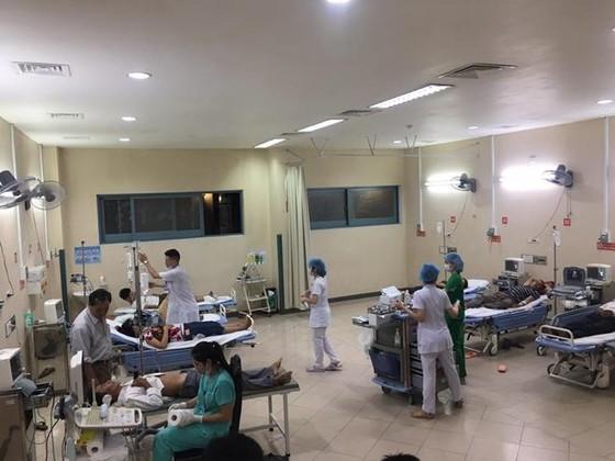 73 người nhập viện vì ngộ độc thực phẩm sau khi ăn tiệc cưới ảnh 1