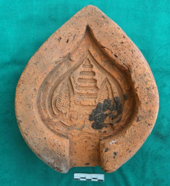 Phát hiện nhiều hiện vật cổ trên nền tháp Cửu Diện ở Hà Tĩnh ảnh 2