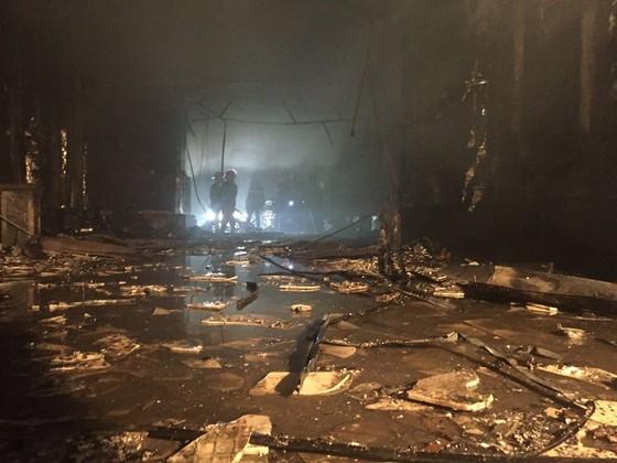 Hiện trường tan hoang của vụ cháy Karaoke Kingom Club ở Hà Tĩnh ảnh 3
