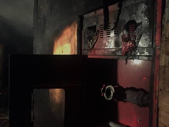 Hiện trường tan hoang của vụ cháy Karaoke Kingom Club ở Hà Tĩnh ảnh 5