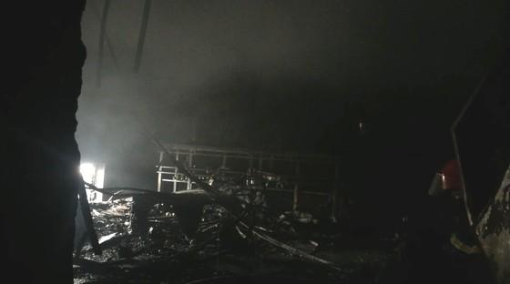 Hiện trường tan hoang của vụ cháy Karaoke Kingom Club ở Hà Tĩnh ảnh 1
