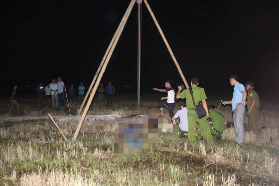 Vụ 4 người tử vong do bị điện giật ở Hà Tĩnh: Tang thương ở thôn nghèo  ảnh 3