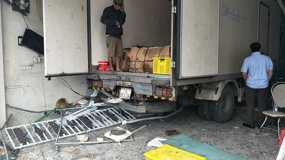 Liên tiếp xảy ra tai nạn giao thông trên quốc lộ 1A ở Hà Tĩnh ảnh 3