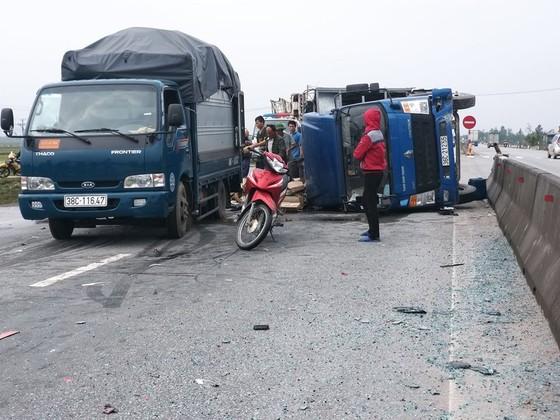 Tai nạn giao thông liên hoàn trên quốc lộ 1A ở Hà Tĩnh ảnh 3