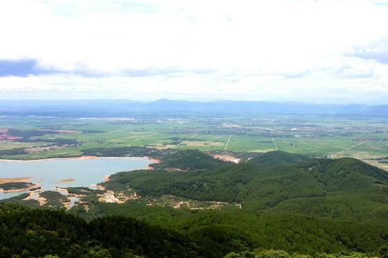 Ngày khai hội chùa Hương Tích thu hút đông đảo du khách ảnh 10