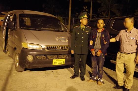 Bắt đối tượng vận chuyển ma túy ở Hà Tĩnh, thu giữ 294 kg ma túy đá ảnh 3