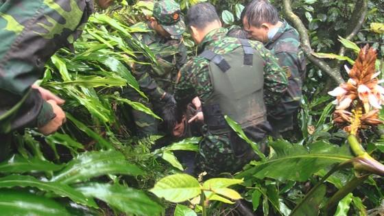 Bắt vụ vận chuyển 60.000 viên ma túy tổng hợp từ Lào vào Việt Nam ảnh 2