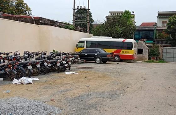 """Vụ nữ hành khách tố bị hành hung ở Hà Tĩnh: Xác định xe """"dù"""" nhái xe buýt ảnh 1"""