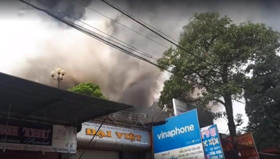 Cháy lớn tại Hà Tĩnh, nhiều nhà dân cùng tài sản bị thiêu rụi   ảnh 5