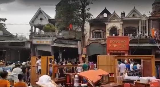 Cháy lớn tại Hà Tĩnh, nhiều nhà dân cùng tài sản bị thiêu rụi   ảnh 12
