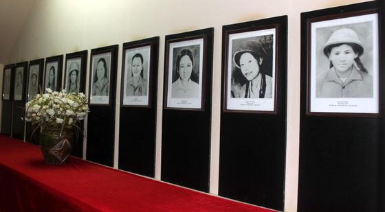 Kỷ niệm ngày 10 nữ anh hùng liệt sĩ Ngã ba Đồng Lộc hy sinh  ảnh 8