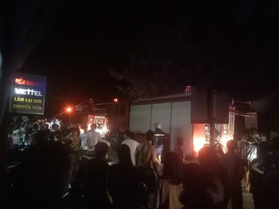 Cháy nhiều ki ốt bán hàng tại chợ Voi, Hà Tĩnh ảnh 2
