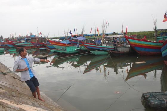 Các tỉnh miền Trung nỗ lực ứng phó bão số 4  ảnh 9