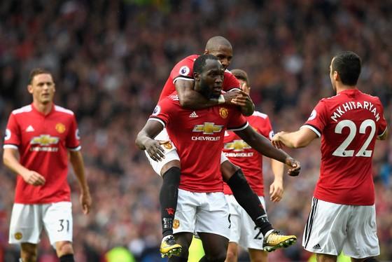 Man.United vẫn là thương hiệu hái ra vàng. Ảnh: Getty Images