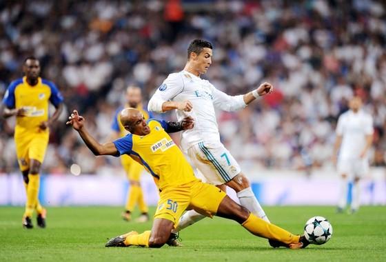Champions League, lượt trận thứ 5: Nước Anh thấp thỏm mỗi Liverpool ảnh 1