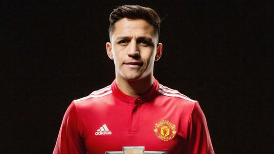 Alexis Sanchez chính thức gia nhập Man.United. Ảnh: Getty Images