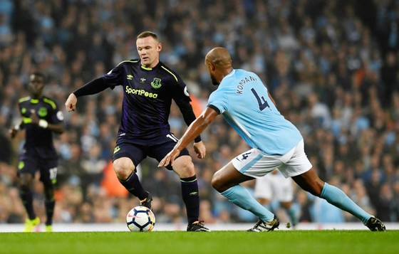 Wayne Rooney khi cùng Everton đối đầu Man.City mùa này. Ảnh: Getty Images