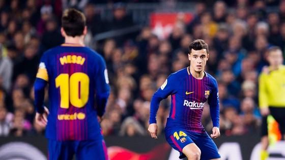 Chịu học Messi, Coutinho sẽ sớm xóa bỏ hoài niệm về Neymar. Ảnh: Getty Images
