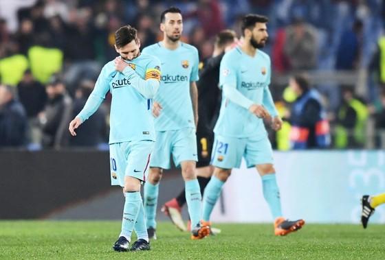 """Messi """"mất tích"""", Barca bị loại đầy cay đắng ảnh 1"""