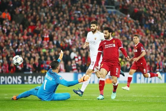 Salah có màn trình diễn tuyệt vời trước đội bóng cũ Roma. Ảnh: Getty Images