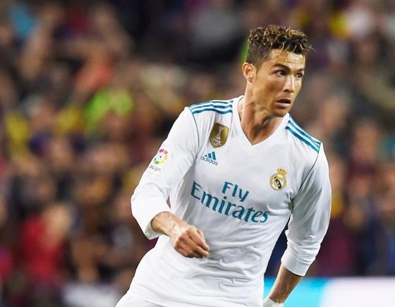 Ronaldo được tăng lương. Ảnh: Getty Images