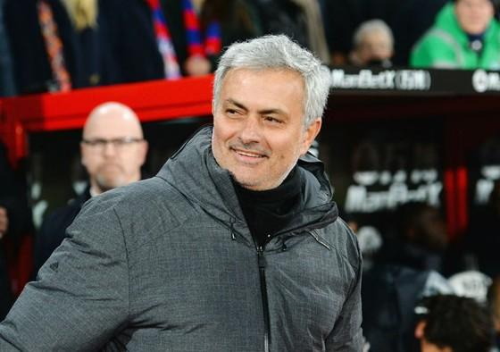 """Jose Mourinho liệu sẽ tiếp tục tận hưởng niềm vui là """"vua đấu cúp""""? Ảnh: Getty Images"""