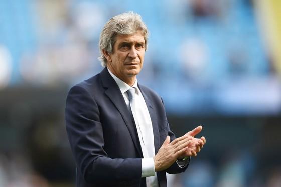 Manuel Pellegrini đang cân nhắc trở lại Premier League. Ảnh: Getty Images