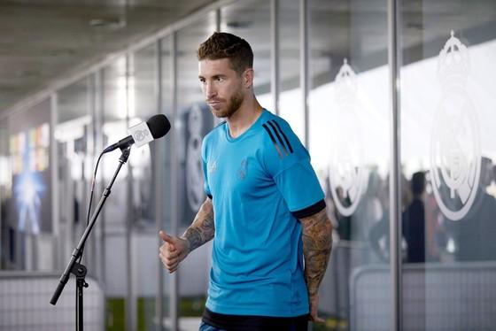 Ramos tiết lộ thú vị về phòng thay đồ. Ảnh: Getty Images