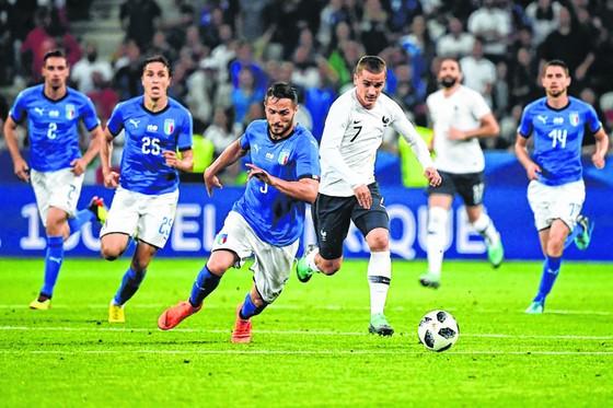 Antoine Griezmann vẫn cần sự hỗ trợ lớn từ đồng đội. Ảnh: Getty Images