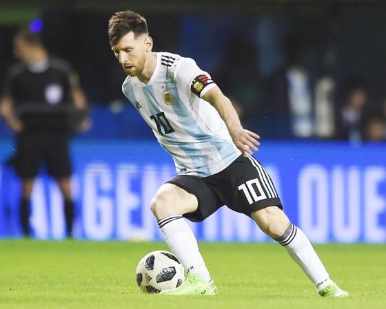 Lionel Messi có nhiệm vụ đưa La Albiceleste đến đỉnh cao World Cup 2018. Ảnh: Getty Images