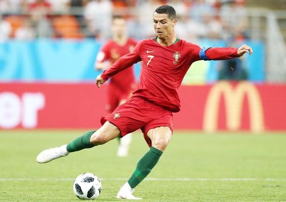 Theo Coates, sẽ sai lầm nếu chỉ tập trung vào Ronaldo ở cuộc đối đầu với Bồ Đào Nha. Ảnh: Getty Images
