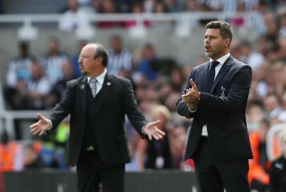 """Newcastle - Tottenham 1-2: """"Gà Son"""" Dele Alli lập công, Tottenham khởi đầu may mắn ảnh 1"""