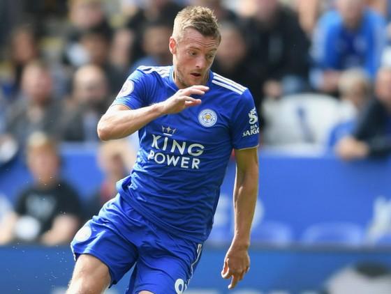 Jamie Vardy cũng đã ghi 1 bàn cho Leicester ở mùa giải mới. Ảnh: Getty Images