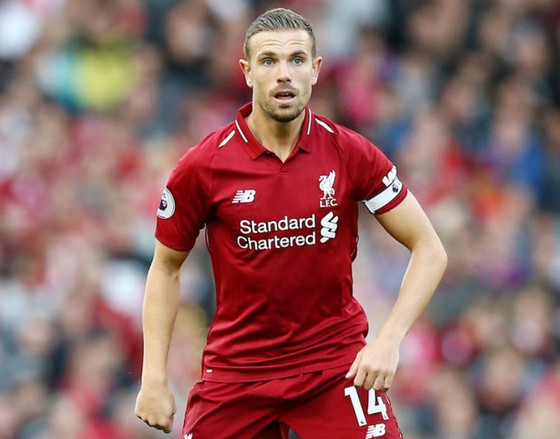 Ký mới 5 năm, Henderson cam kết trọn đời với Liverpool ảnh 1