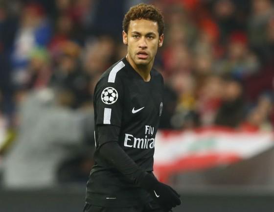 Sao Liverpool cảnh báo trọng tài về Neymar ảnh 1