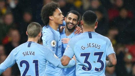 Leroy Sane và Riyad Mahrez tiếp tục tỏa sáng giúp Man.City chiến thắng. Ảnh: Getty Images