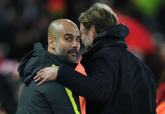"""Guardiola, Mourinho """"đánh hội đồng"""" tâm lý với Klopp  ảnh 1"""