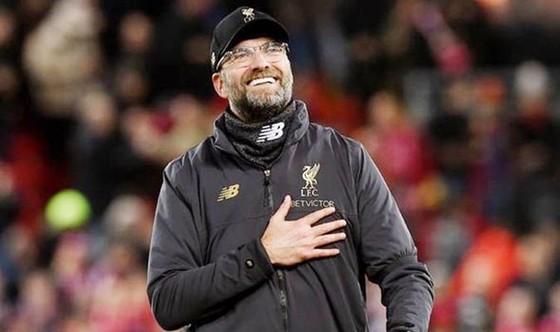 Vùi dập Arsenal, Liverpool tạo cách biệt 9 điểm ảnh 1