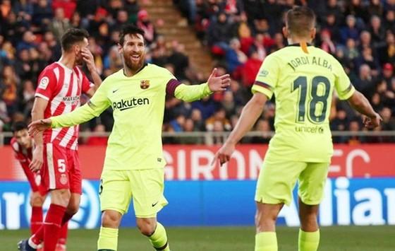 HLV Barca làm rõ tương lai Coutinho ảnh 1