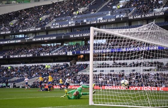 Pochettino kích động trong ngày Tottenham khai trương sân mới ảnh 2