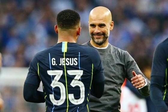 Man.City vào chung kết FA Cup, phép màu vẫn tiếp tục ảnh 1