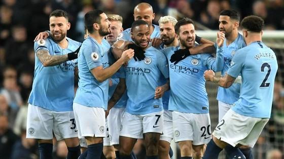 Man.City vẫn đang tiến đi bằng sức mạnh của nhà vô địch. Ảnh: Getty Images