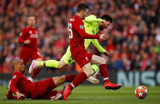 """Messi bị """"bỏ rơi"""" ở Anfield ảnh 1"""