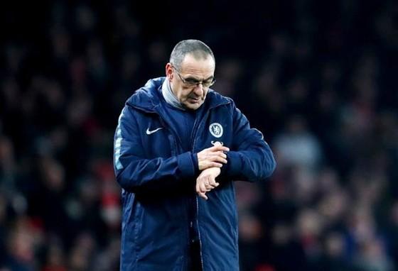 Thời điểm HLV Maurizio Sarri nói lời chia tay Chelsea xem ra đã đến rất gần. Ảnh: Getty Images
