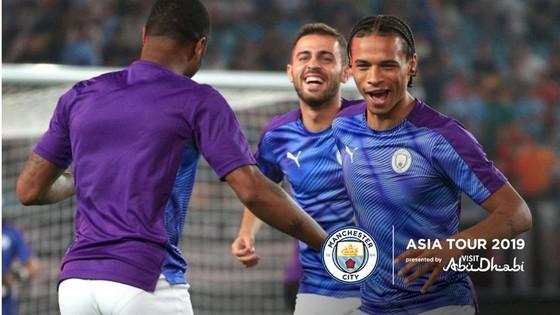 Hình ảnh Leroy Sane trong chuyến du đấu châu Á được đăng tải trên trang chủ Man.City.